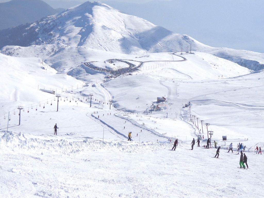 snow winter in Greece ski centers Kaimaktsalan