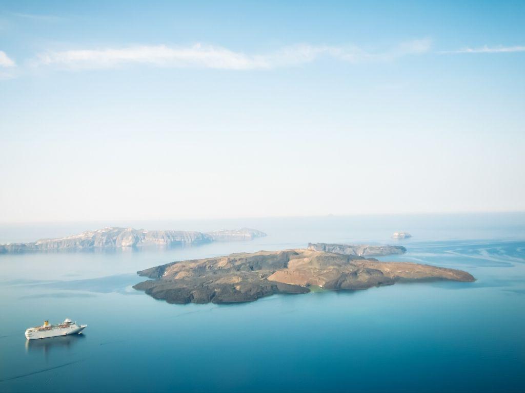 Nea Kameni Santorini - Scuba Diving Spots in Greece