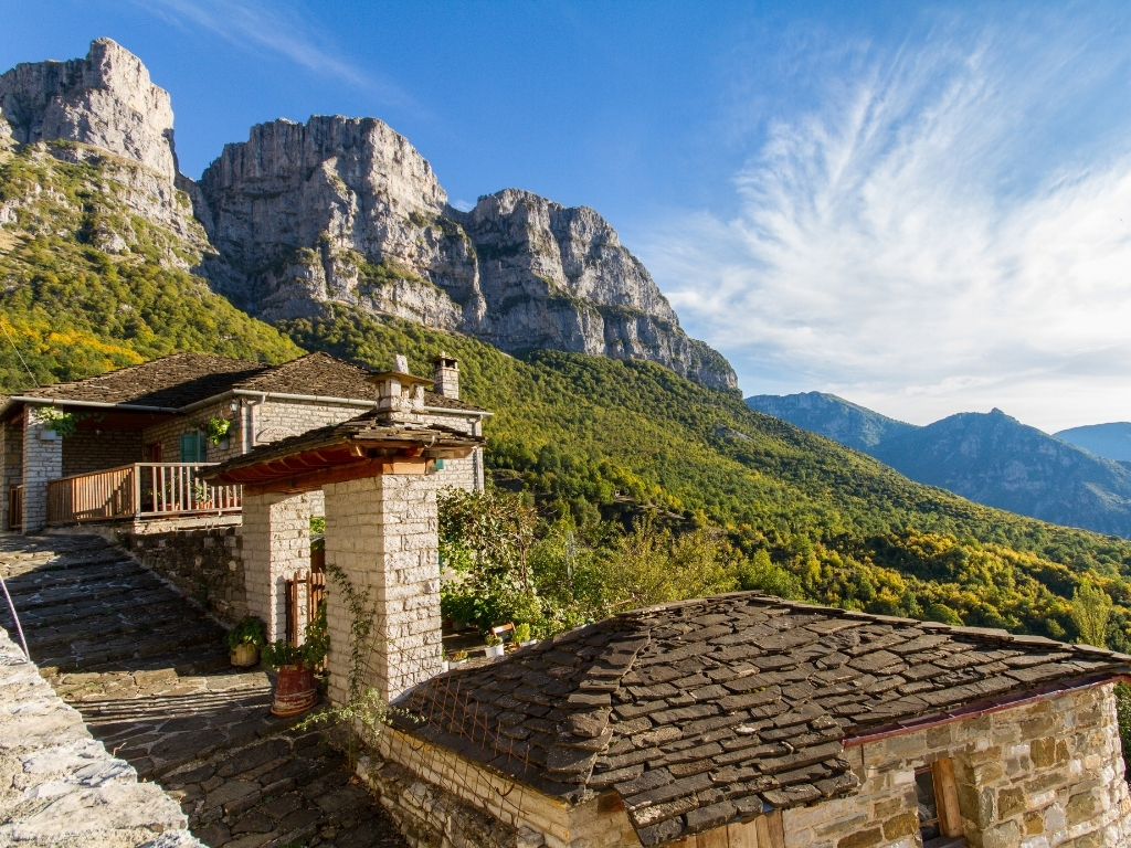 Papigo-village-zagori-mountain