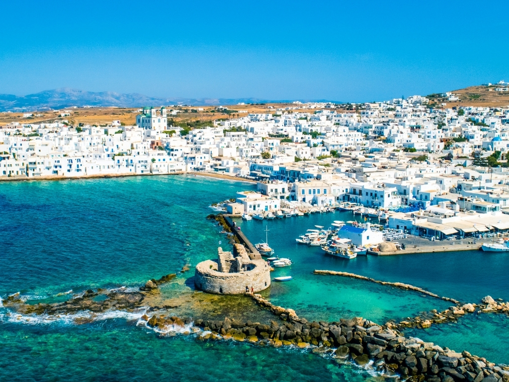 Naoussa-paros-greek-island-itinerary