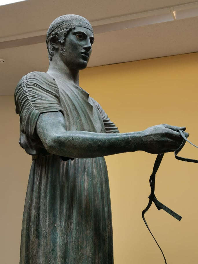charioteer-of-delphi-close-up