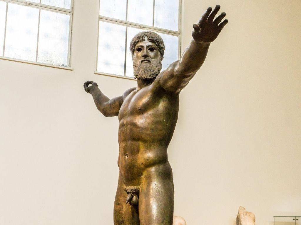 bronze-zeus-ancient-greek-artwork