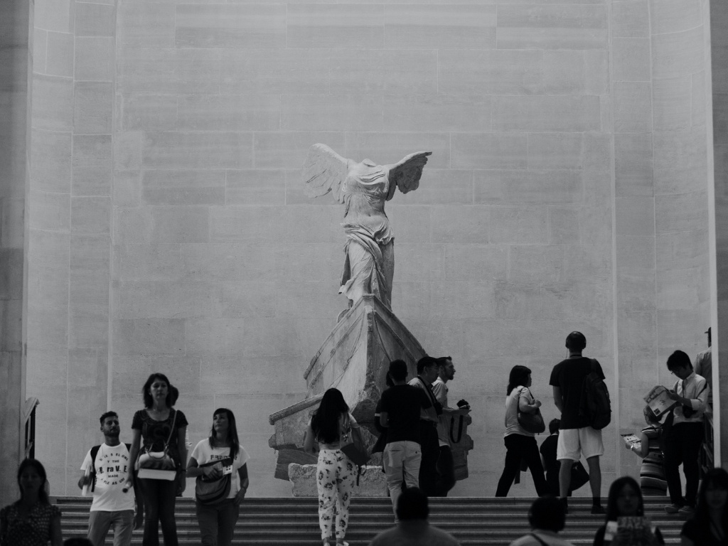 winged-victory-nike-ancient-greek-artwork