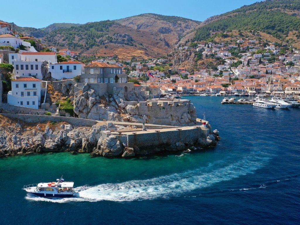 Hydra-island-port