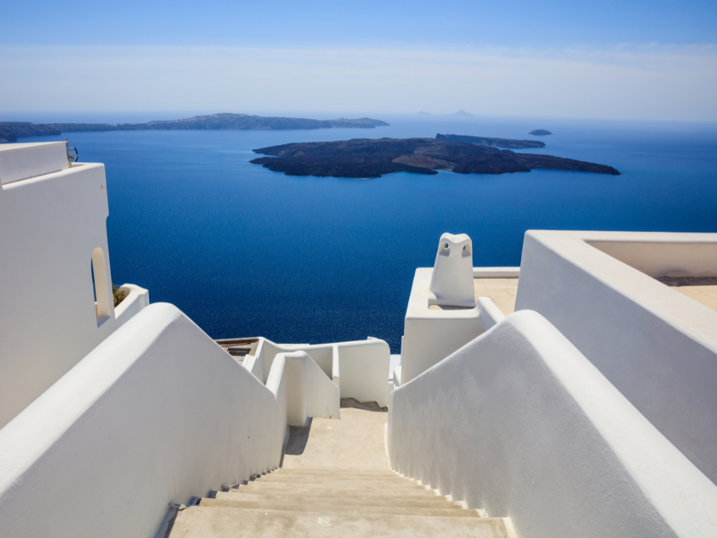 facts-about-santorini-white-houses